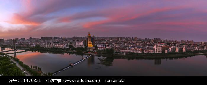 城市河流霞满天摄影图图片