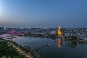 信阳浉河夜景摄影图