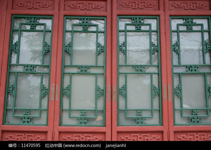 中式古老的窗户图片