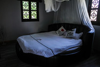 情趣蚊帐圆床