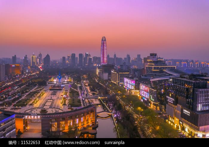 泉城广场日落美图图片