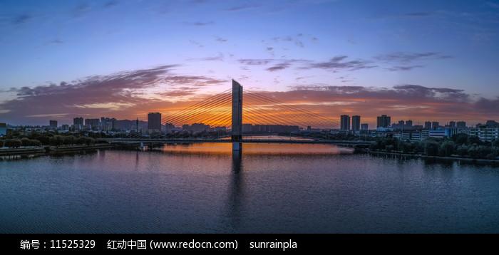 宽幅高清信阳民桥日落图片
