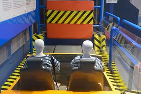 安全带撞车实验台架