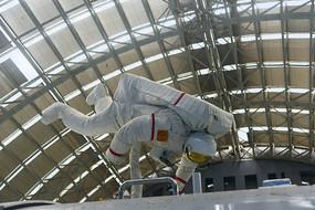 航天员太空行走