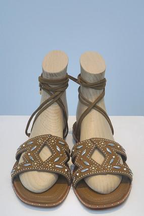 时尚女式皮革凉鞋