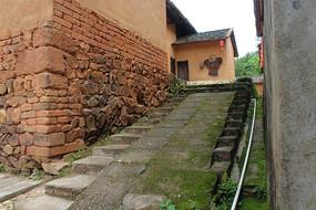 土房子台阶