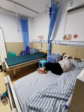 医院住院部的病房
