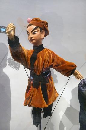 贵州小杖头木偶生行武生