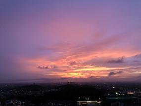 火烧云一样的红色彩霞
