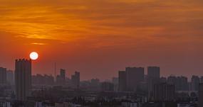 城市日出彩霞满天