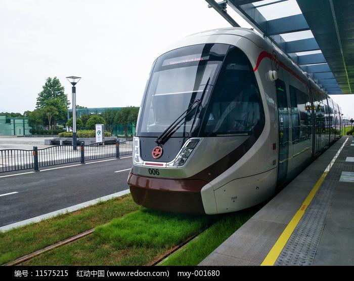 有轨电车运行线图片