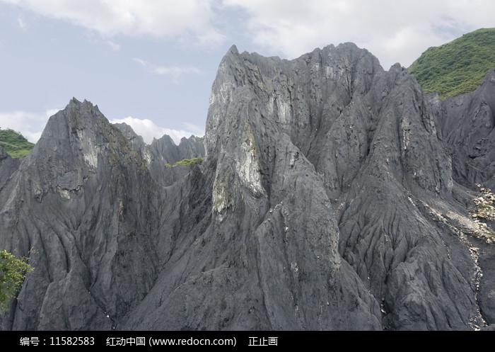 甘孜八美墨石公园糜棱岩石林图片