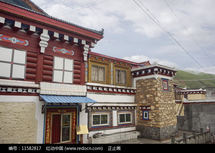 甘孜州道孚县城藏族民居建筑图片