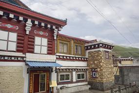 甘孜州道孚县城藏族民居建筑