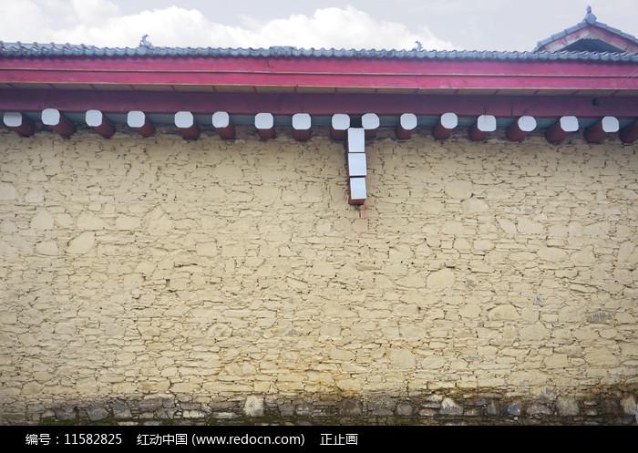 四川道孚县城藏族民居墙壁图片