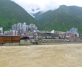 四川甘孜州泸定县大渡河上的泸定桥