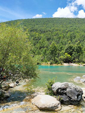 蓝月谷湖景