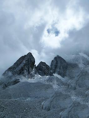 玉龙雪山山顶图