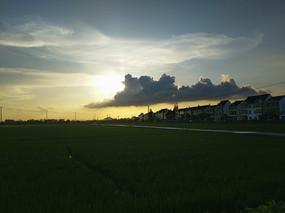 夕阳云海景色