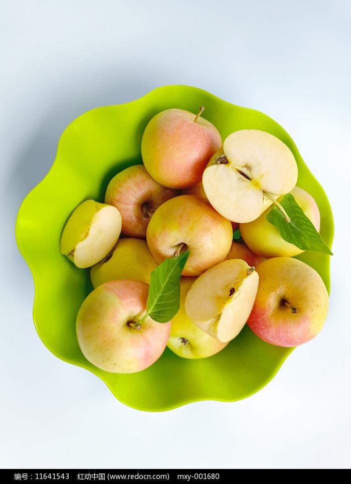 果篮苹果图片
