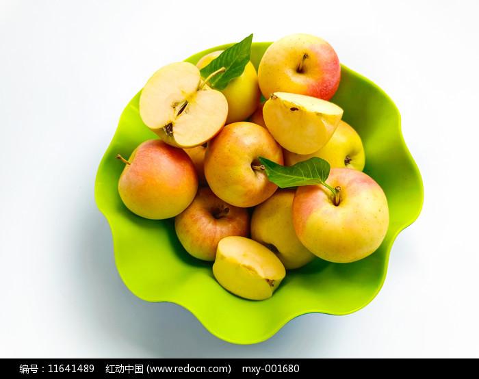 拍摄果篮苹果图片