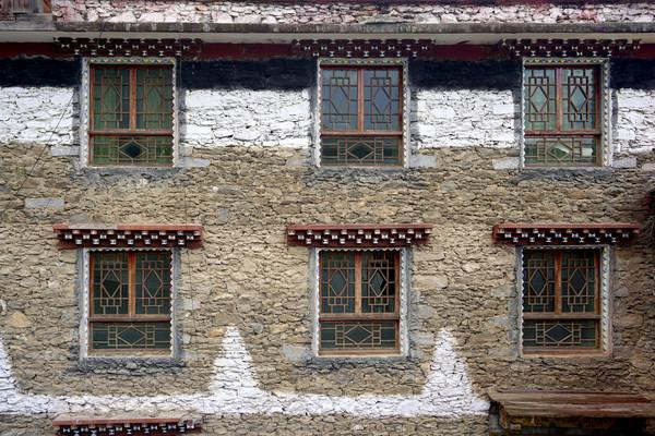 丹巴甲居藏寨文化院坝窗户
