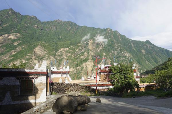 甲居藏寨旅游培养中心文化院坝