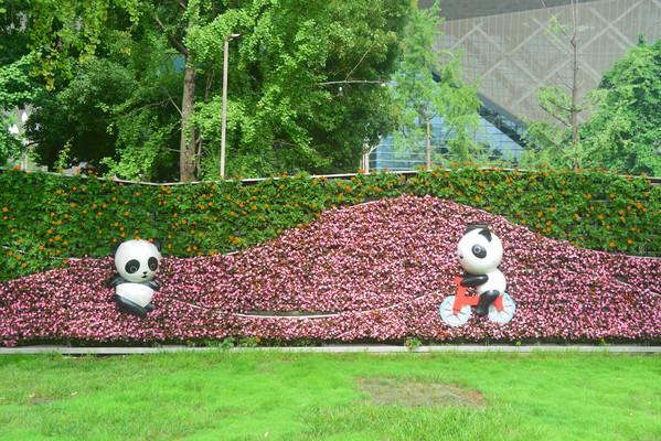 四川成都天府广场园林园艺雕塑