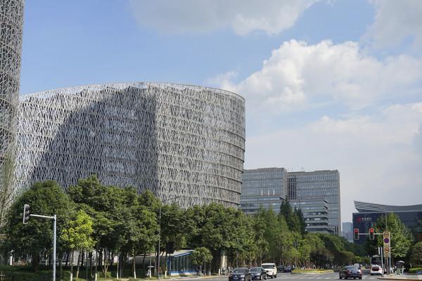 四川成都天府国际金融中心外景