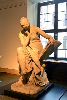 柏林的德国历史博物馆人物雕塑