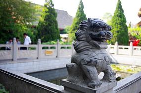 栏杆石雕狮子