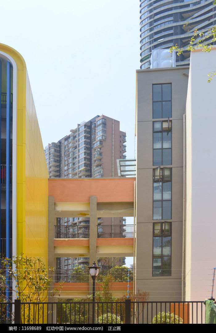 幼儿园色彩外墙及走廊图片