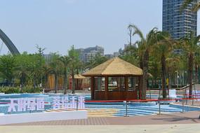 成都江滩公园无极泳池