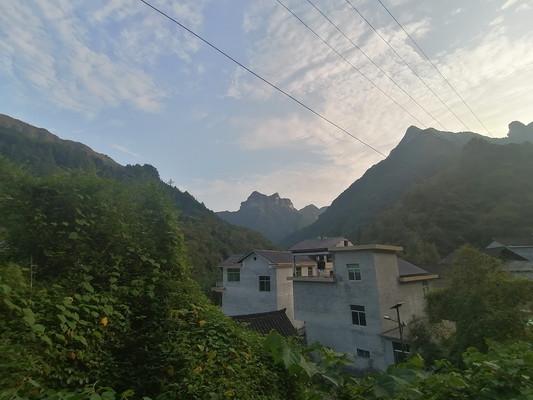 雀儿寨乡村建筑风光