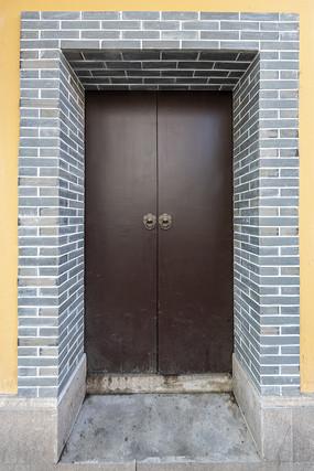 上海黄浦区老建筑大门