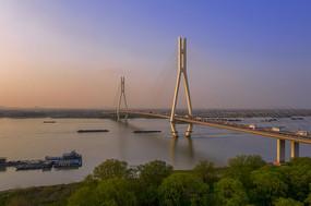 美丽的南京八卦洲长江大桥