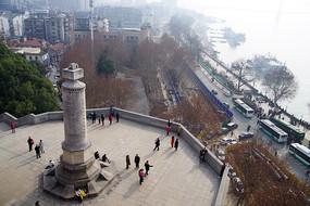 武汉长江大桥俯瞰武汉