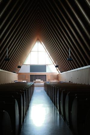 教堂建筑竖构图